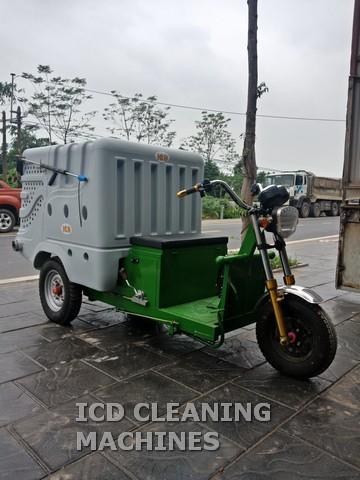 Xe phun tưới cây, rửa đường
