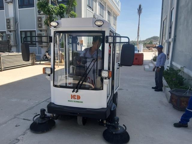 Dự án Nhà máy lọc hóa dầu Nghi Sơn-Cung cấp xe quét công nghiệp Magnum MN-E800FB